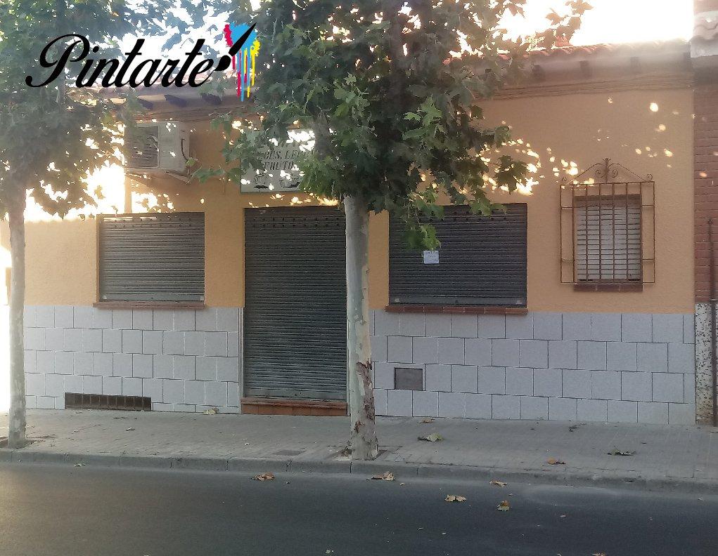 """Fachada pintada para Dulces """"El Mateño"""" en Bargas (Toledo)"""