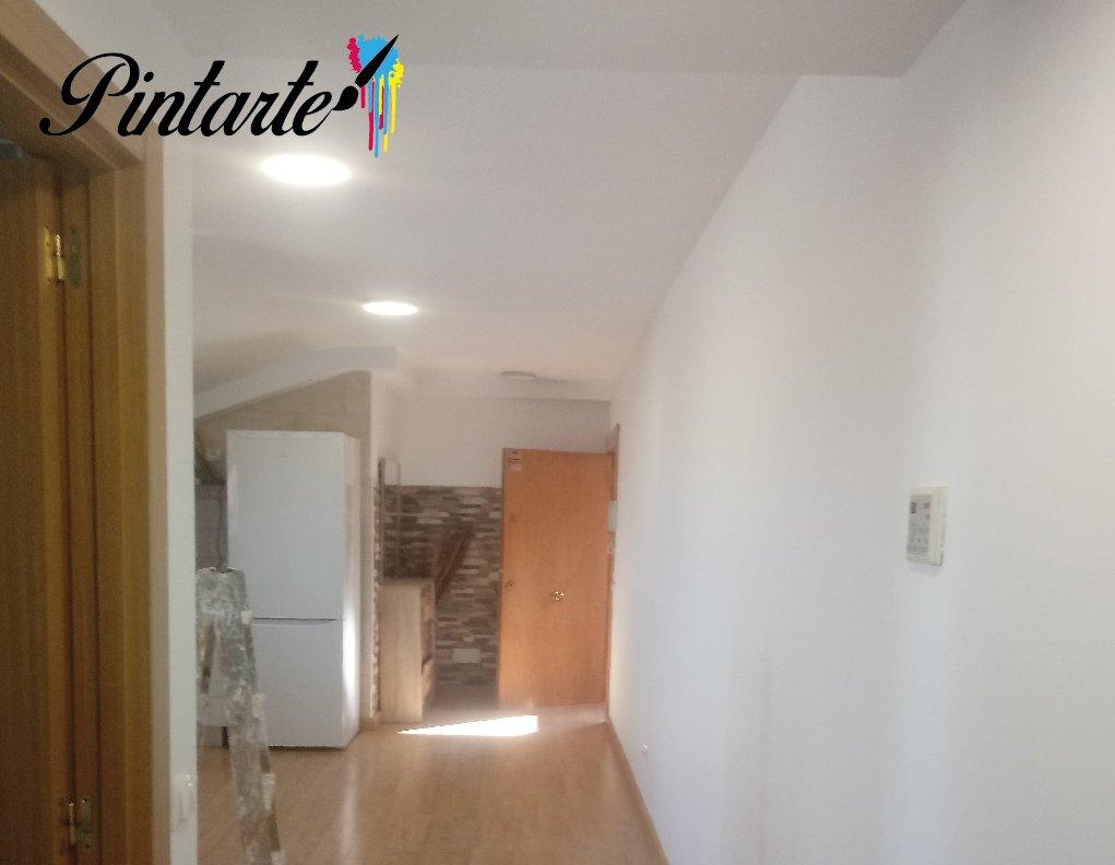 Apartamento pintado en Yeles (Toledo)